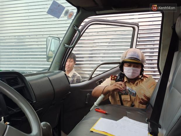 Tài xế 30 tuổi bị phát hiện sử dụng ma tuý khi lái xe container: Tôi bị bạn bè lừa hút thuốc lá có ma tuý - Ảnh 9.