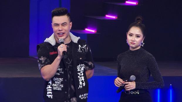 Lê Dương Bảo Lâm tích cực giúp đồng nghiệp chơi ăn gian vì... chiều cao hạn chế - Ảnh 1.