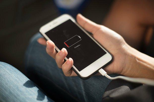 5 món đồ vẫn ngốn điện dù không sử dụng, hãy cẩn thận kẻo méo mặt khi nhìn hoá đơn - Ảnh 1.
