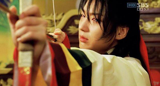 Netizen điểm danh loạt nam thần khóc đỉnh nhất phim Hàn, trùm cuối khiến bạn phải ngã ngửa cho xem! - Ảnh 1.
