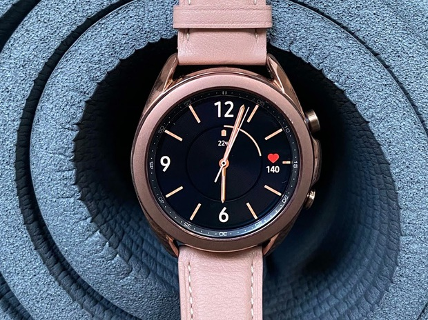 Sống cân bằng đầy thần thái cùng Samsung Watch3 - Ảnh 1.