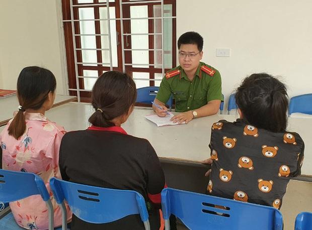 Cuộc sống túng quẫn, 3 người phụ nữ sang Trung Quốc bán con - Ảnh 1.