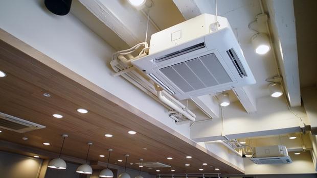 Trời nóng thì mua điều hòa, nhưng đừng chỉ biết điều hoà gắn tường, còn nhiều loại khác hay ho, tiện ích hơn nhiều! - Ảnh 3.