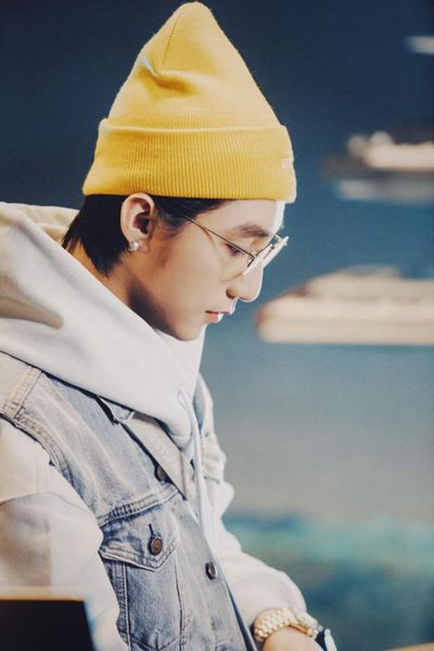 HOT: Những hình ảnh đầu tiên của Sơn Tùng M-TP ngay trước thềm show comeback, chốt lại là đẹp trai quá! - Ảnh 5.