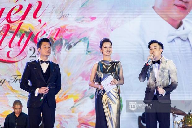 Tái ngộ trên sân khấu, Quang Dũng thừa nhận bao nhiêu năm vẫn đẹp đôi với Jennifer Phạm, dành tặng riêng ca khúc cho vợ cũ - Ảnh 2.