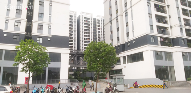 Hà Nội: Dân chung cư khốn khổ vì bị tra tấn bởi 12 cục nóng điều hòa công nghiệp lắp ngay cạnh cửa sổ - Ảnh 3.