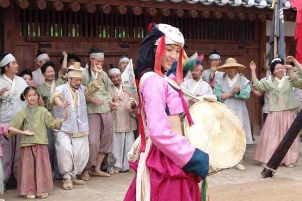 Loạt ảnh Lee Jun Ki thời đóng phim đam mỹ bị đào lại, nhan sắc chuẩn bé thụ vừa nhìn đã u mê - Ảnh 2.