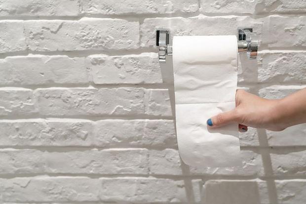 Giải ngố 18+: Quan hệ xong dùng khăn giấy lau khô vùng kín có được không? - Ảnh 1.