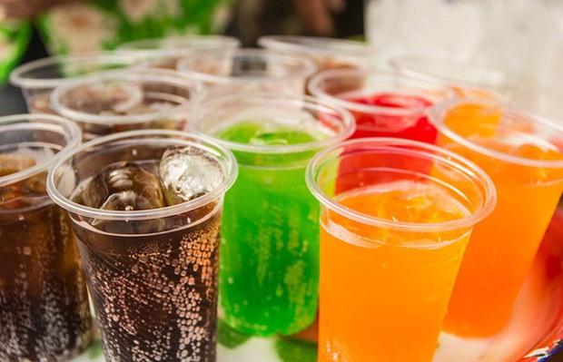 Tủ lạnh mỗi nhà luôn ẩn nấp 5 món dễ gây đau dạ dày, hại đường tiêu hóa, thèm mấy cũng đừng ăn nhiều - Ảnh 3.
