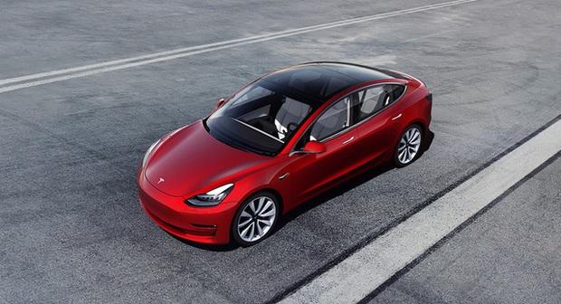 Gặp họa lớn tại Trung Quốc, Tesla còn bị truyền thông nước này chỉ trích thậm tệ  - Ảnh 2.
