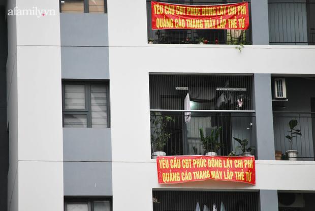 Hà Nội: Dân chung cư khốn khổ vì bị tra tấn bởi 12 cục nóng điều hòa công nghiệp lắp ngay cạnh cửa sổ - Ảnh 7.