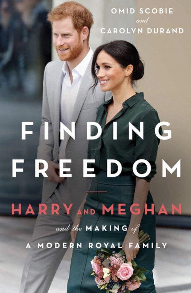 Drama không hồi kết: Vợ chồng Meghan lại sắp tung tự truyện kể lại sóng gió hoàng gia với nội dung chi tiết đến kinh ngạc - Ảnh 1.