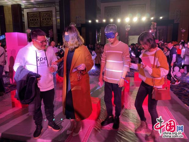 Chuyện ngược đời ở thị trường hẹn hò Trung Quốc: Nữ nhân ưu tú tích cực bao nhiêu, nam nhân hững hờ lạnh nhạt bấy nhiêu - Ảnh 2.