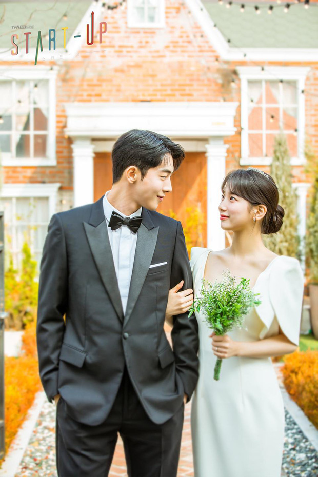 Đau đầu chọn couple có chemistry đỉnh nhất Kpop: Hyeri - Park Bo Gum có plot twist gây sốc, IU mê luôn tài tử kém 4 tuổi? - Ảnh 9.