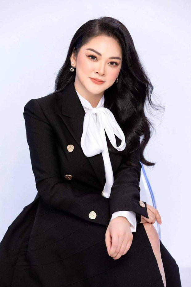 NS Như Quỳnh tuổi 51 mà trong ảnh đẹp như gái đôi mươi, lập tức bị soi photoshop quá đà, còn bị netizen tung ảnh thật để làm rõ? - Ảnh 4.