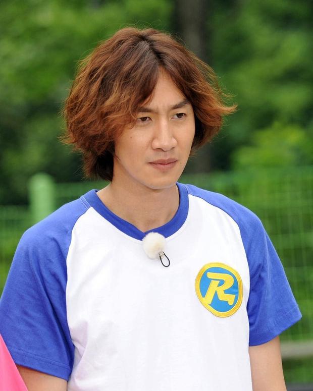 Không riêng Lee Kwang Soo, các thành viên còn lại của Running Man liên tục gặp nhiều chấn thương - Ảnh 1.