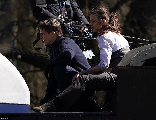 Thót tim nhìn Tom Cruise xả thân cứu ekip thoát chết ở phim trường Điệp Vụ Bất Khả Thi 7 - Ảnh 5.