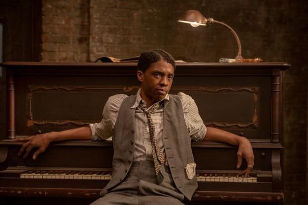 Công chúng phẫn nộ tố Oscar hắt hủi Chadwick Boseman (Black Panther), cách gia đình cố tài tử lên tiếng khiến ai cũng nể phục - Ảnh 2.