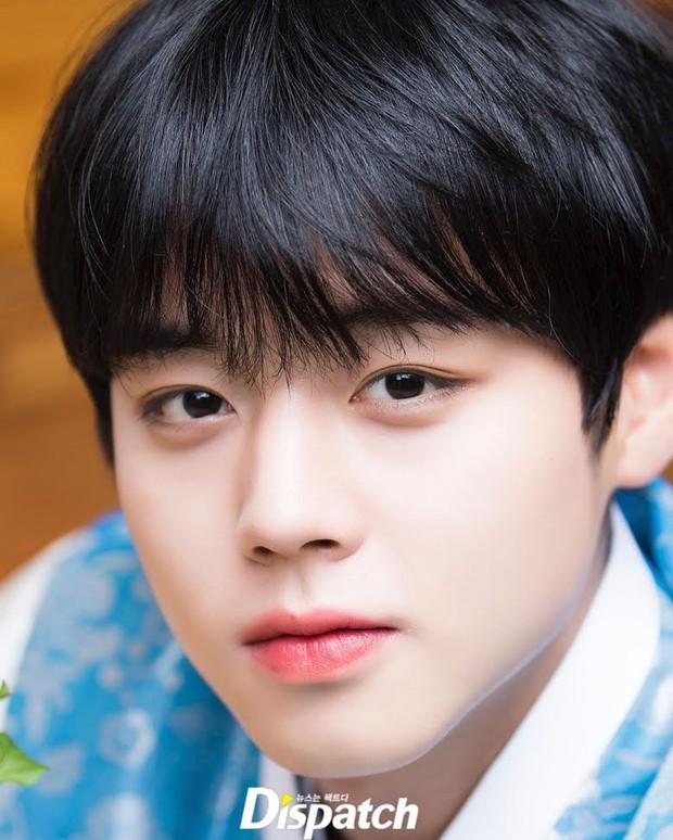Dispatch công bố 8 idol mắt đẹp nhất xứ Hàn: 2 nhan sắc đỉnh nhất thế giới là của hiếm, có nam idol khiến phái nữ ghen đỏ mắt - Ảnh 25.