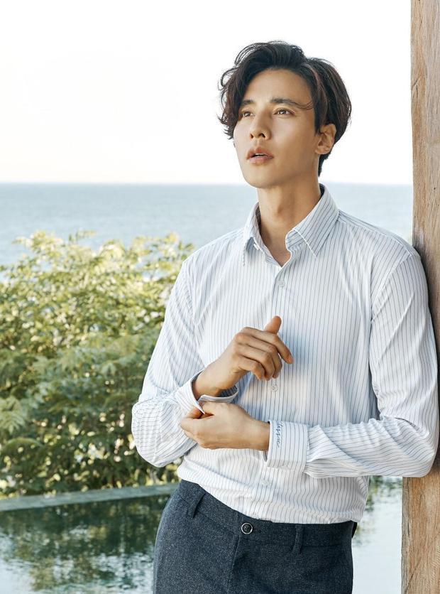 Đại nam thần Won Bin đẹp ngút ngàn trong ảnh quảng cáo mới, bảo sao 11 năm không thèm đóng phim vẫn hot - Ảnh 8.