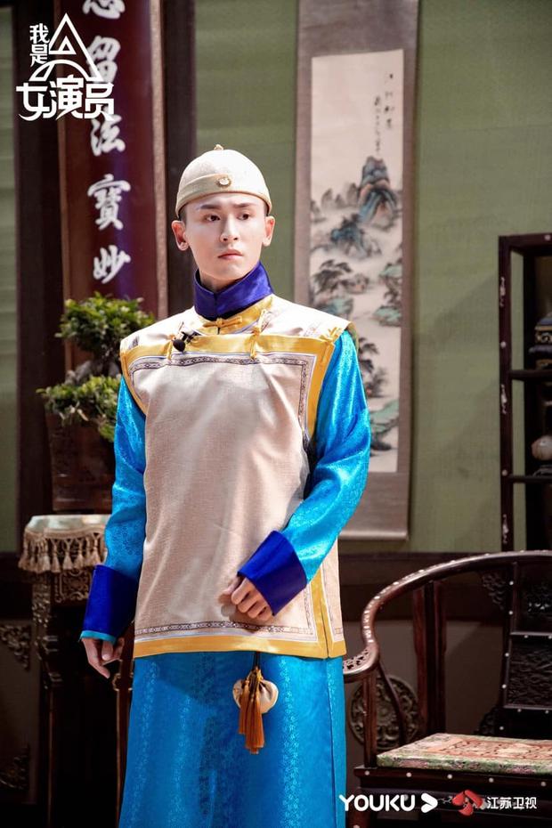 Trương Triết Hạn gây sốt vì tạo hình hoàng tử nhà Thanh, hóa ra từng đóng chung vũ trụ với Triệu Lệ Dĩnh? - Ảnh 5.