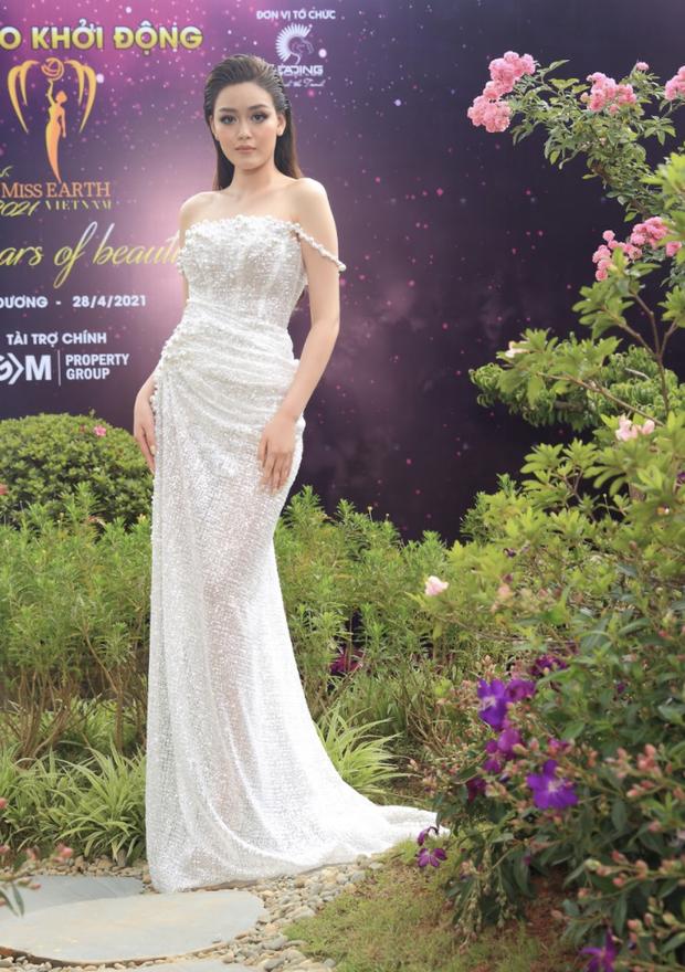 Sự kiện quy tụ đủ 7 mỹ nhân từng chiến Miss Earth: Phương Khánh, Diễm Hương khoe ngực đầy, Nam Em say nắng trên thảm đỏ - Ảnh 19.
