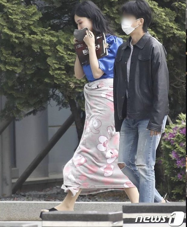 Lộ ảnh hậu trường đầu tiên của Penthouse 3: Dượng Ju ra tù rồi yêu lại từ đầu với ác nữ Cheon hả? - Ảnh 5.