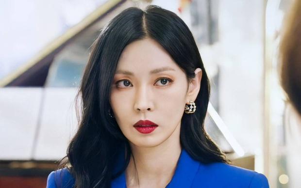 Lộ ảnh hậu trường đầu tiên của Penthouse 3: Dượng Ju ra tù rồi yêu lại từ đầu với ác nữ Cheon hả? - Ảnh 7.