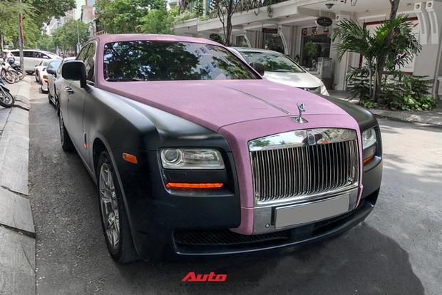 Rolls-Royce Ghost của Ngọc Trinh dẫn đầu đoàn siêu xe tiền tỷ diễu hành trên phố Sài Gòn - Ảnh 3.