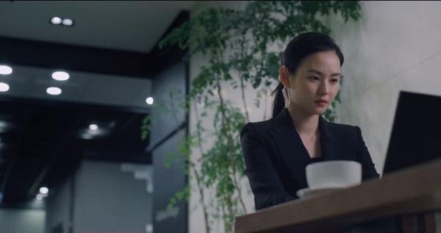 Nữ phụ trong phim của Song Joong Ki khiến fan sửng sốt với làn da phát sáng: Ngày nào cũng lặp lại 4 bước này để ngăn lão hóa  - Ảnh 3.