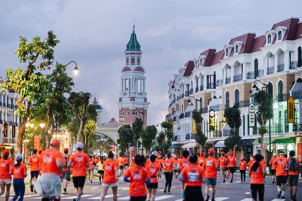 Vỡ oà với cung đường trong mơ ở giải chạy Phú Quốc WOW Island Race 2021: Không chỉ chạy mà còn sống ảo đẹp hết nấc - Ảnh 2.