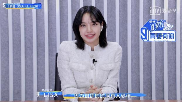 Khoe ảnh hất gọn tóc mái 10 tỷ, vì sao Lisa (BLACKPINK) lại bị netizen xứ Trung chê bai? - Ảnh 3.