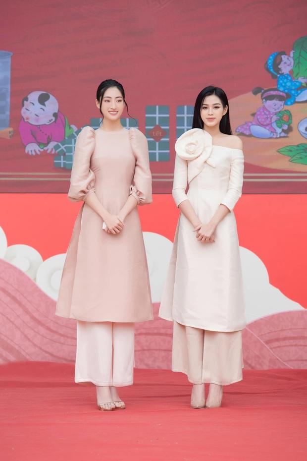 Đỗ Thị Hà và Lương Thuỳ Linh dự event rồi về xả vai đi ăn vỉa hè, thiếu đồ lồng lộn mà vẫn xinh xỉu ngang xỉu dọc - Ảnh 6.