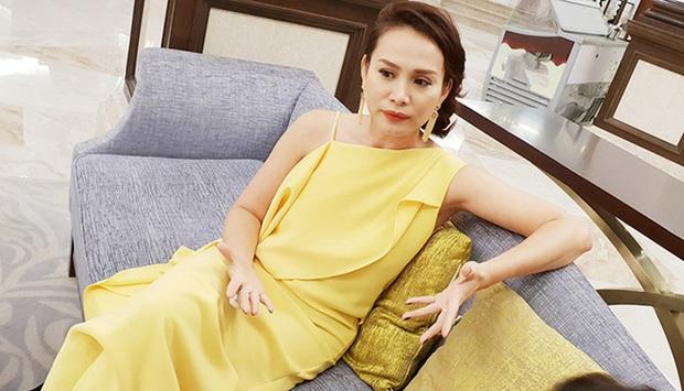 Hoa hậu Việt Nam 1998 Ngọc Khánh: Đầu đầy tóc bạc nhưng nhan sắc lại gây bất ngờ - Ảnh 10.