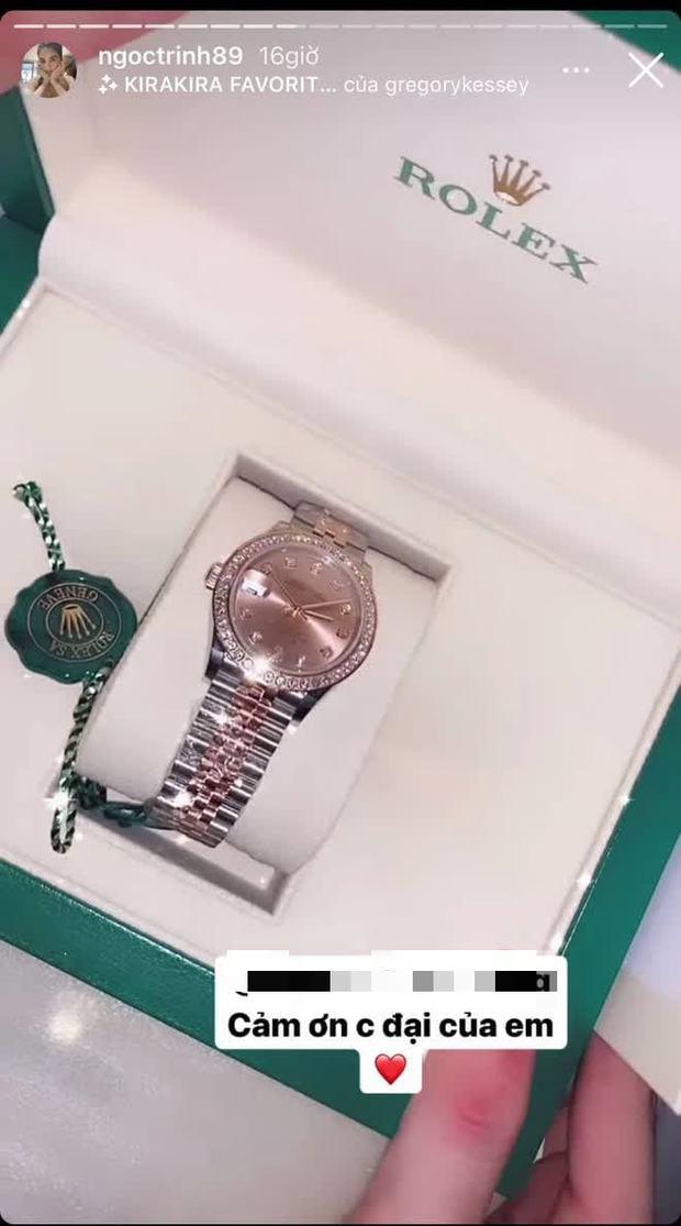 Ngọc Trinh được bạn thân tặng đồng hồ mới giá khủng sau vụ mất trộm BST 15 tỷ chấn động Vbiz - Ảnh 2.