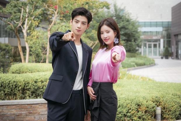 6 nam thần phim Hàn đẹp át vía nữ chính: Song Joong Ki chốt ngay vị trí đầu - Ảnh 22.