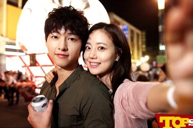6 nam thần phim Hàn đẹp át vía nữ chính: Song Joong Ki chốt ngay vị trí đầu - Ảnh 2.