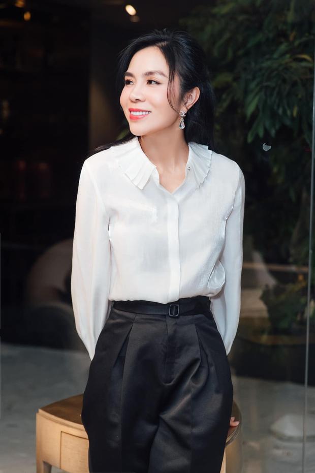 Nhân vật bị xoá trong bức ảnh của Phạm Hương và dàn HHHVVN chính thức lên tiếng, còn tiết lộ mối quan hệ của mình và nàng Hậu - Ảnh 5.