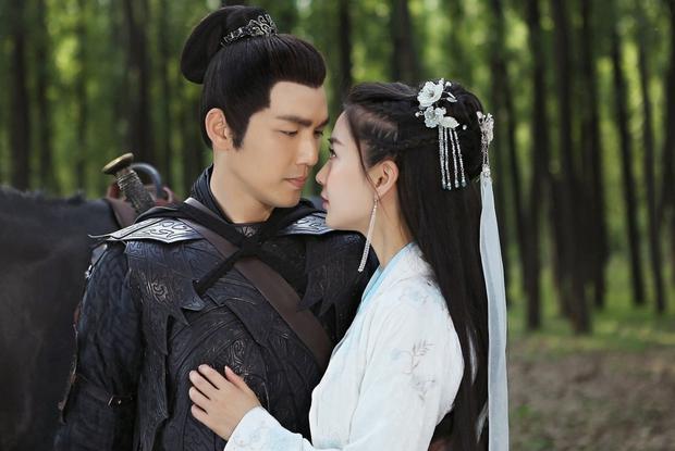 Angela Baby - Chung Hán Lương sắp tái hợp ở phim kiếm hiệp Kim Dung, combo thảm họa trở lại rồi sao? - Ảnh 2.