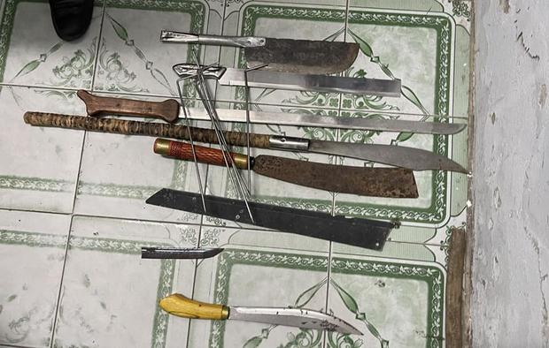 Bắt 2 nhóm côn đồ nổ súng, đuổi chém nhau gây náo loạn Đà Nẵng chỉ vì đòi giảm giá ăn nhậu - Ảnh 6.