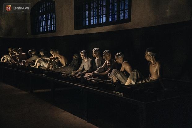 Làm content cưng xỉu trên Fanpage nhưng trải nghiệm Nhà tù Hỏa Lò xong thì ai cũng khóc: Hiếm có một nơi tưởng như lạnh lẽo lại chứa nhiều thứ ấm nóng đến vậy! - Ảnh 21.