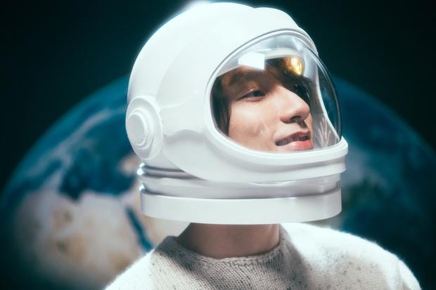 Xem MV mới của Sơn Tùng xong, các em gái kiểu: Đẹp trai quá vậy, phát điên rồi làm sao giờ! - Ảnh 21.