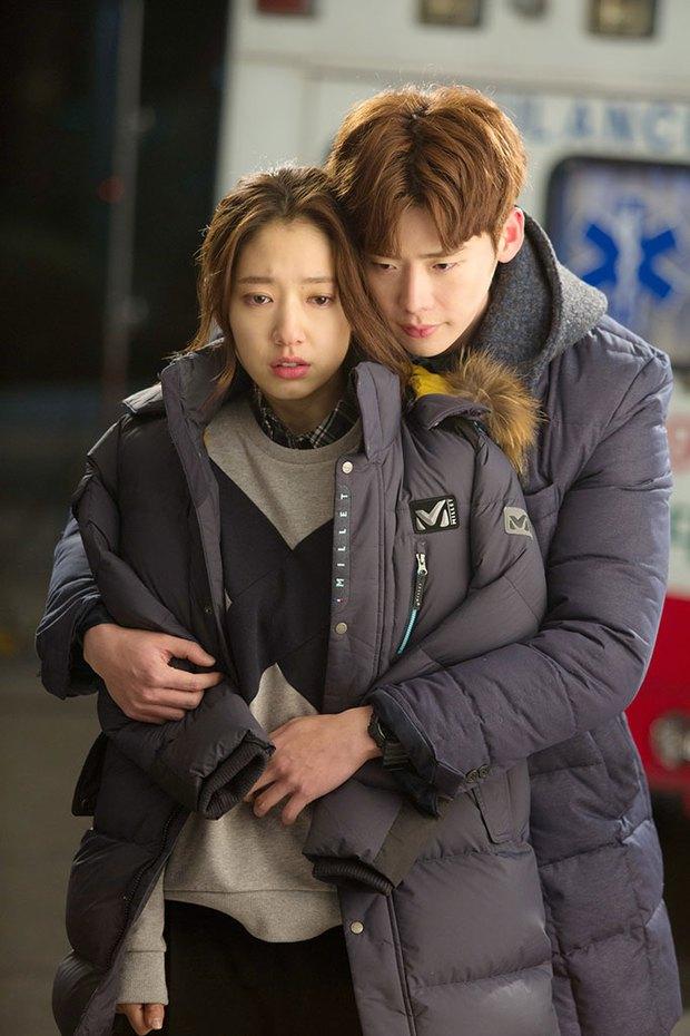 6 nam thần phim Hàn đẹp át vía nữ chính: Song Joong Ki chốt ngay vị trí đầu - Ảnh 18.