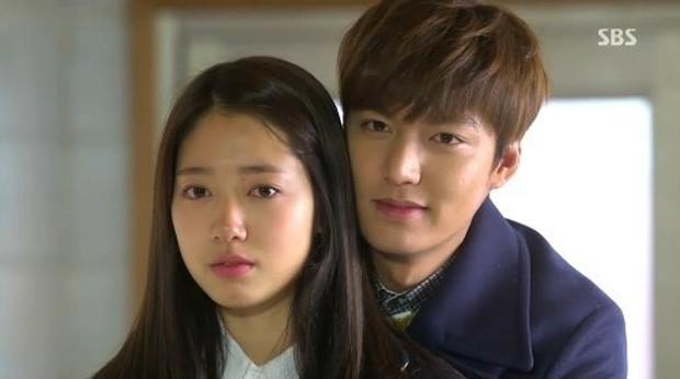 6 nam thần phim Hàn đẹp át vía nữ chính: Song Joong Ki chốt ngay vị trí đầu - Ảnh 6.