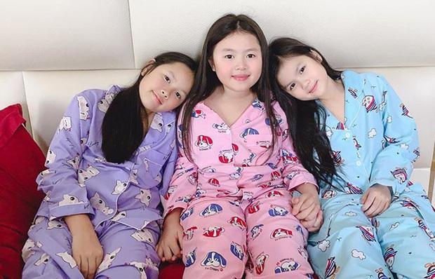 Con gái Hoa hậu Phương Lê: Học phí 1,5 tỷ, được mẹ thưởng nóng thẻ đen hạn mức 2 tỷ/ngày tiêu xài cho thoải mái - Ảnh 4.