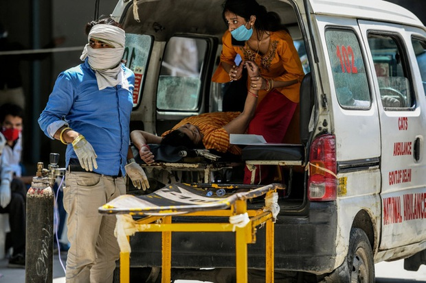 Lời kể ám ảnh của nhà báo Mỹ giữa địa ngục Ấn Độ: Không khí lúc này như thể có độc, ai cũng sợ hít thở, thi thể chất chồng mỗi ngày - Ảnh 2.
