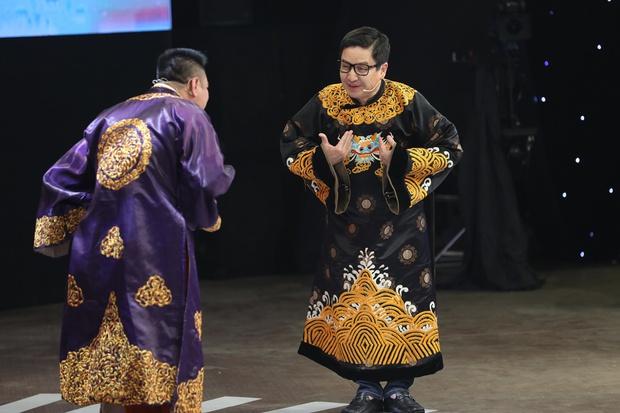 NS Chí Trung, Tự Long tiết lộ vì sao Táo Quân hiếm có nghệ sĩ miền Nam - Ảnh 2.
