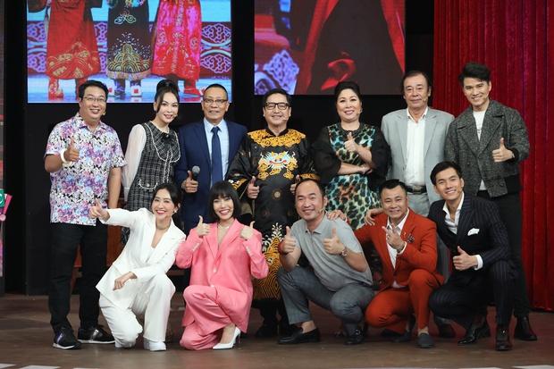NS Chí Trung, Tự Long tiết lộ vì sao Táo Quân hiếm có nghệ sĩ miền Nam - Ảnh 1.