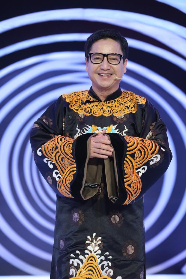 NS Chí Trung, Tự Long tiết lộ vì sao Táo Quân hiếm có nghệ sĩ miền Nam - Ảnh 3.