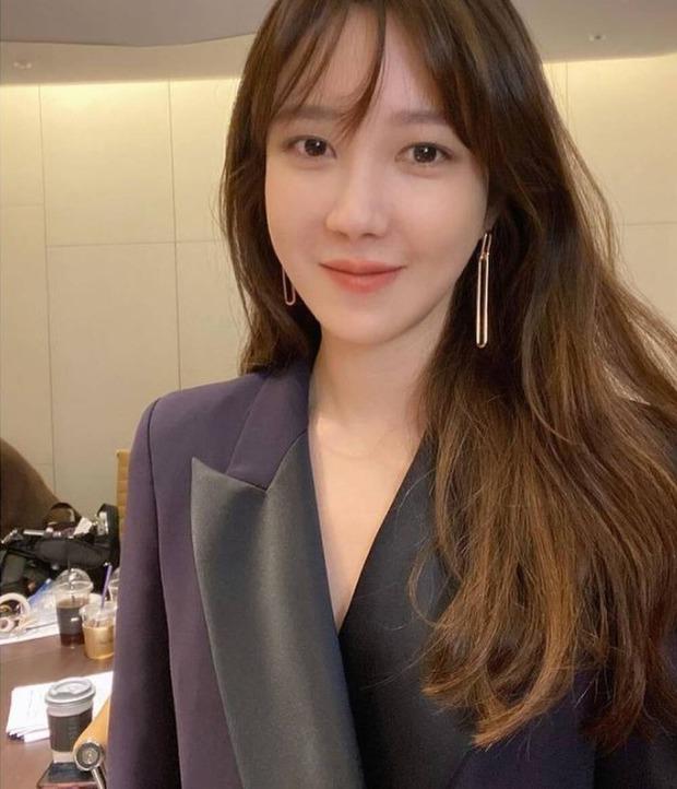 Bà cả Penthouse Lee Ji Ah đắm đuối nhìn lén tình màn ảnh Logan, tưởng phim giả tình thật nhưng ngã ngửa vì sự thật phũ phàng - Ảnh 6.